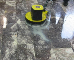 Dry cleaning of a floor