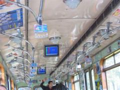 Реклама в метро на мониторах в вагонах