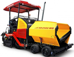 Rent of road equipment. DYNAPAC asphalt spreader