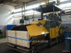 Rent of an asphalt spreader of Volv