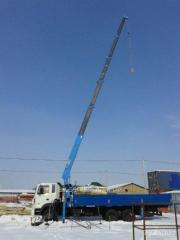 Rent of the manipulator the crane by hyundai truck