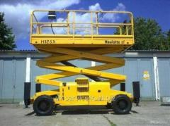 Rent of the self-propelled elevator haulotte h 12