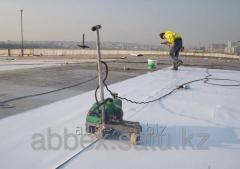 Repair of a soft roof of pvc membrane of