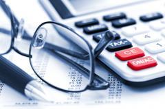 Пенсионные, социальные и иные отчисления, начисления налогов, платежные поручения, свифт файлы
