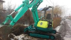 Rental of mini-excavator
