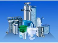 Installation of water filter with discharge into