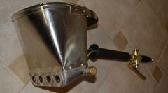 Hopper - a ladle