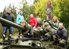 Тур на майские праздники: катание на танке