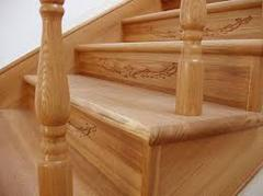 Обшивка деревом каркаса лестницы