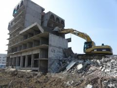 Dismantling high rise buildings and structures