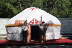 Construction of yurts