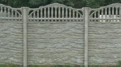 Installing concrete fences