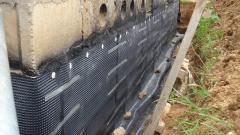 Подготовка тепло- и гидроизоляции дома