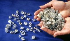 Transport and insurance of diamond raw material