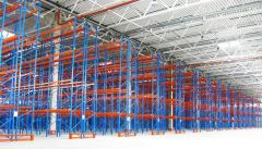 Complex rigging of warehouse by racking systems