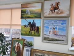 Услуги по подбору и продаже картин и декоративно- прикладных изделий