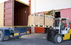 Cargo delivery by passing transpor