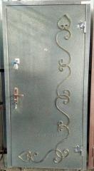 Дверь металлическая утепленная с элементами ковки