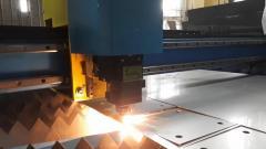 Metali lazerle kesimi