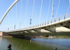 Строительство и монтаж мостов и эстакад