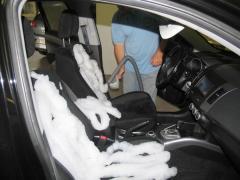 Пенная химчистка салонов автомобилей