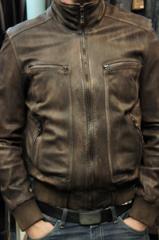 Замена подкладки в кожаной куртке, пошив и ремонт