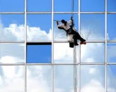 Industrial mountaineering and cleaning