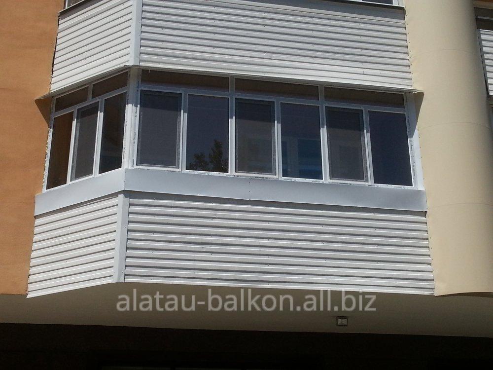 g_obraznoe_osteklenie_balkona
