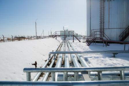 stroitelstvo_skladov_hraneniya_nefti_i_nefteproduktov