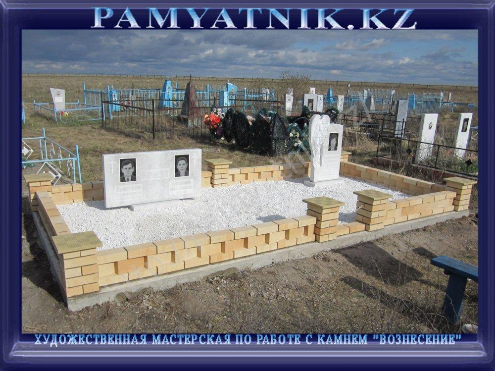 izgotovlenie_dostavka_i_ustanovka_pamyatnikov_iz