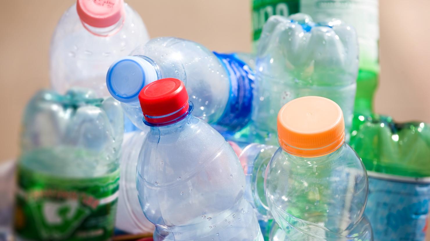 vyduvanie_butylok_plastikovyh