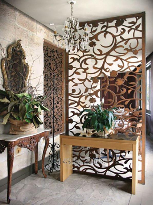 dekorativnye_peregorodki_shirmy_i_reznye_paneli