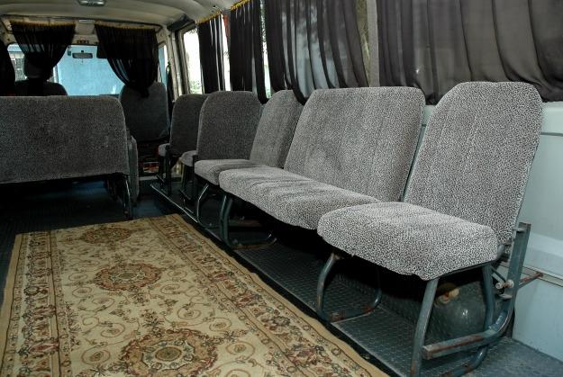 ritualnyj_transport_katafalki_reno_belyj
