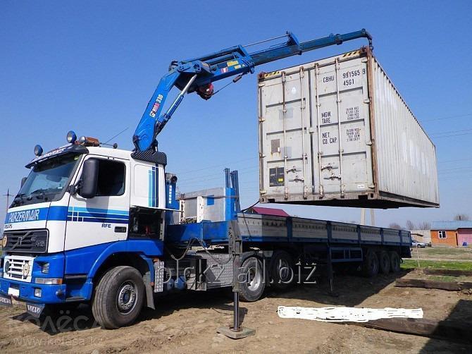perevozka_kontejnera_kontejnerovozmanipulyator_2v1