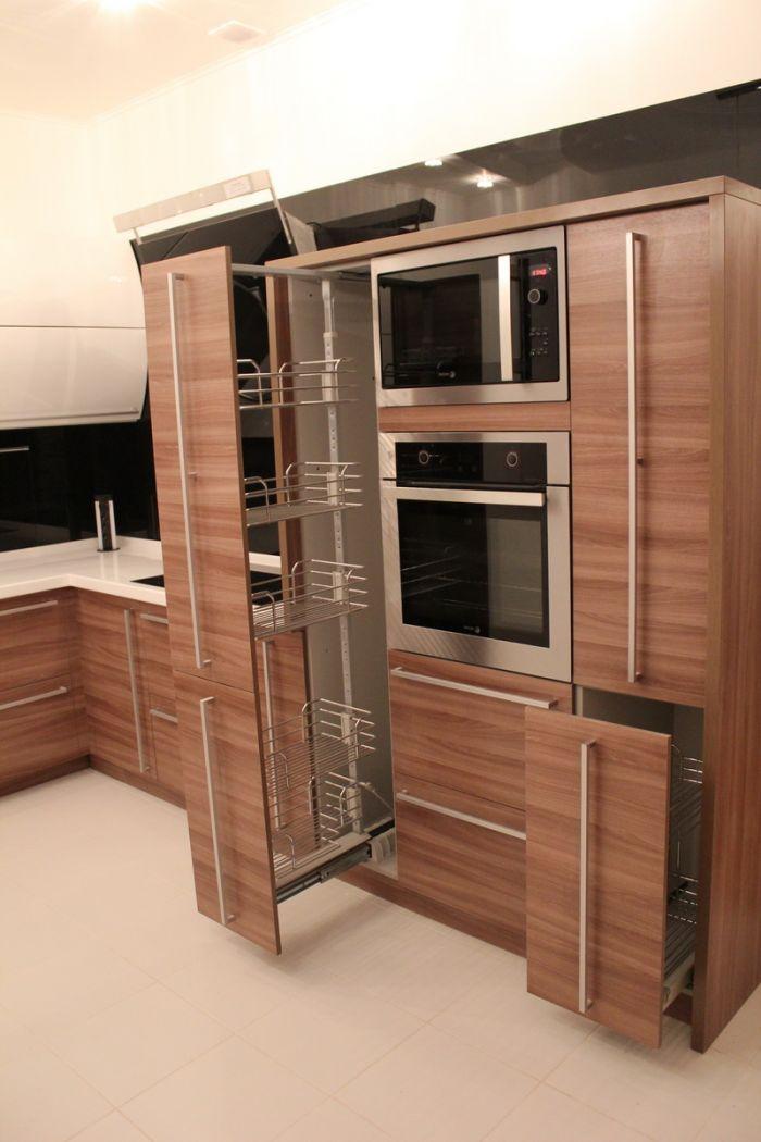 Изготовление встроенной кухонной мебели на заказ - аура плюс.