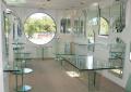 Ремонт мебели из стекла